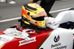 Helmet of Mick Schumacher, SJM Theodore Racing by Prema, Dallara Mercedes