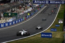 Felipe Massa, Williams FW36 leads