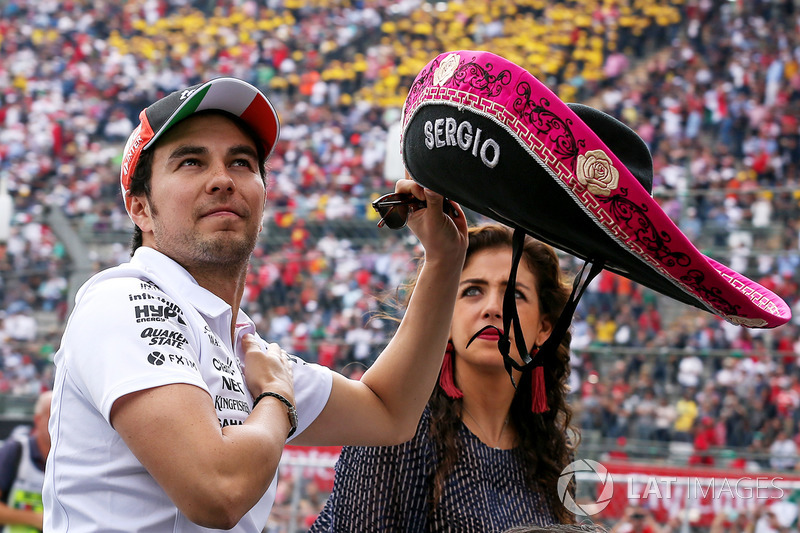 Sergio Perez, Sahara Force India on the drivers parade with Sombrero hat