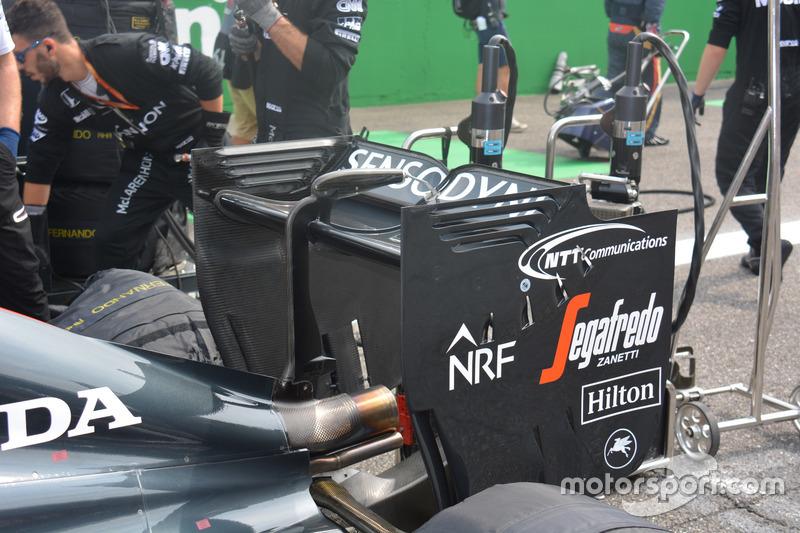 McLaren MP4-31: Heckflügel
