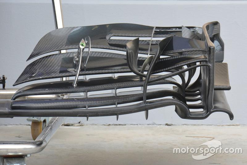 McLaren MP4-31, Frontflügel-Detail