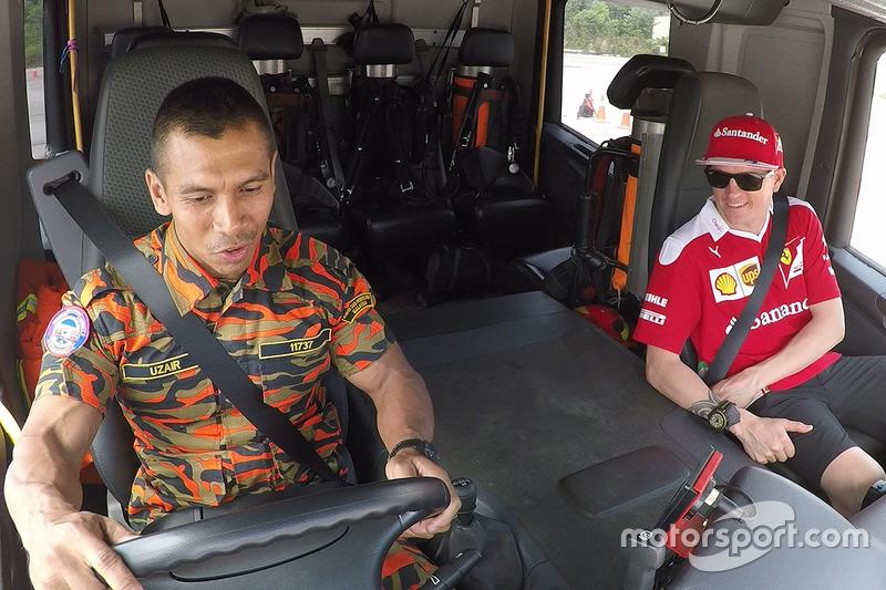 كيمي رايكونن، فيراري وتدريبات مع رجال الإطفاء الماليزيين