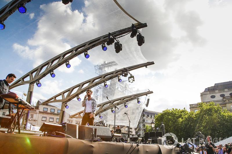 Live-Act: Bastille