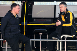 Alan Permane, Renault Sport F1 Team, Chefingenieur; Nick Chester, Renault Sport F1 Team, Technikchef Chassis