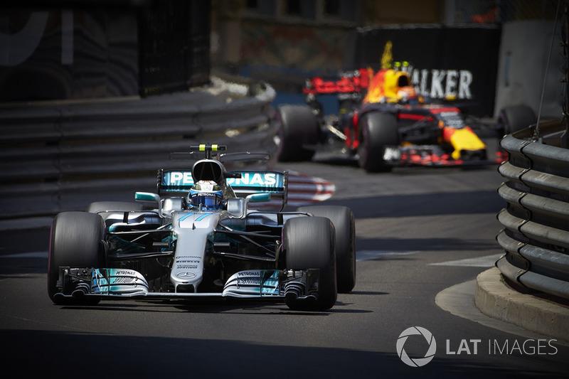 Em Mônaco, diante da dificuldade da Mercedes, foi apenas o quarto colocado – o consolo foi ter ido melhor do que Hamilton, que ficou em um discreto sétimo lugar.