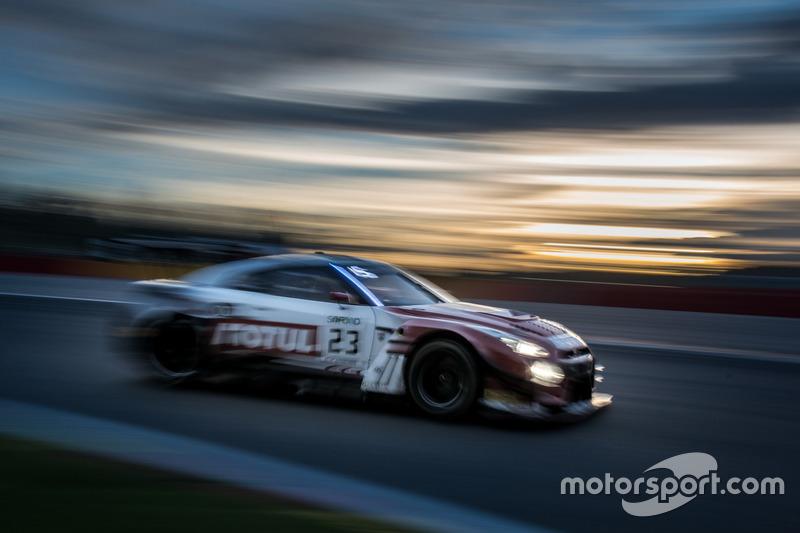 #23 Motul Team RJN Nissan Nissan GT-R Nismo GT3: Алекс Банкомб, Лукас Ордонес, Кацумаса Тійо
