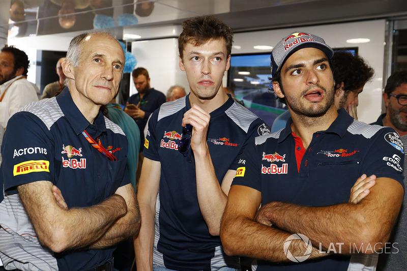 Franz Tost director Scuderia Toro Rosso, Daniil Kvyat, Scuderia Toro Rosso, Carlos Sainz Jr., Scuderia Toro Rosso