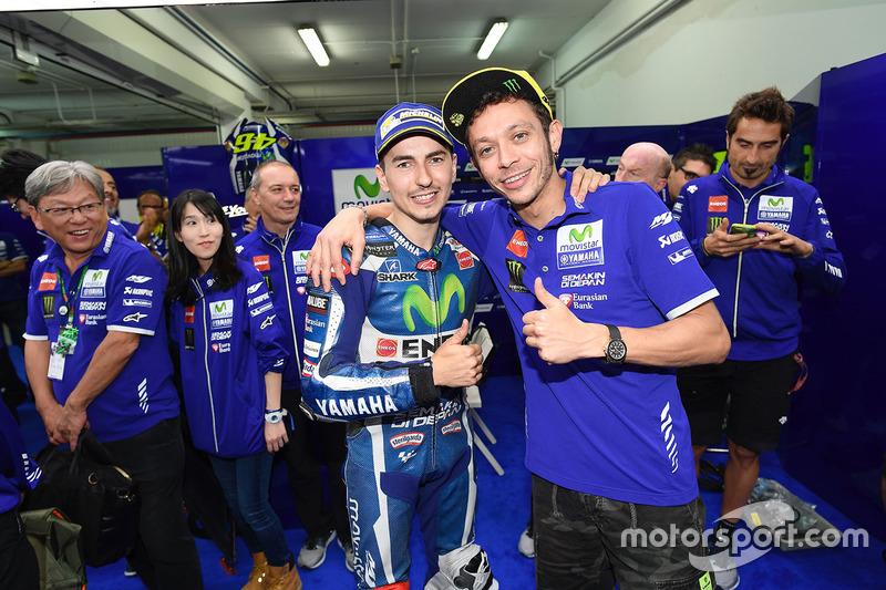 Jorge Lorenzo dan Valentino Rossi, Yamaha Factory Racing - MotoGP Valencia 2016
