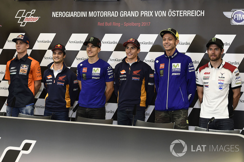 Прес-конференція: Пол Еспаргаро, Red Bull KTM Factory Racing, Дані Педроса, Repsol Honda Team, Маверік Віньялес, Yamaha Factory Racing, Марк Маркес, Repsol Honda Team, Валентино Россі, Yamaha Factory Racing, Кел Кратчлоу, Team LCR Honda