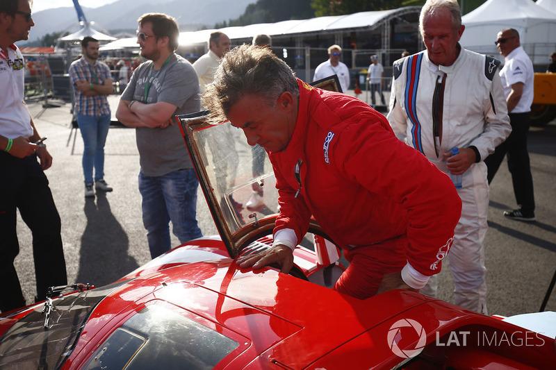 Helmut Marko, Consultant, Red Bull Racing, Jean Alesi, 1969 Ferrari 512S