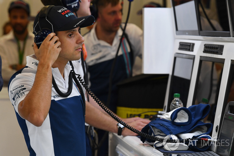 Felipe Massa, Williams in the garage