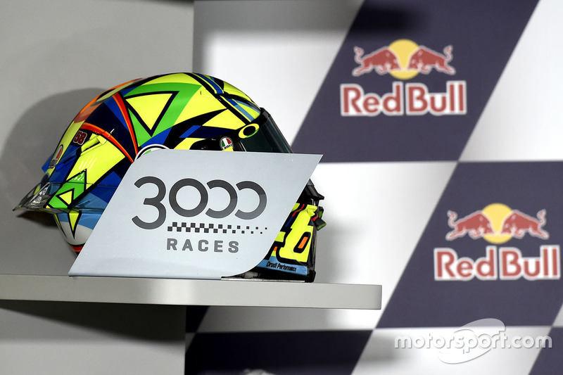 Valentino Rossi, Yamaha Factory Racing helmet for 3000 MotoGP races