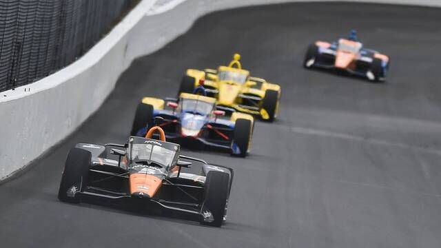 IndyCar test push-to-pass op Indianapolis