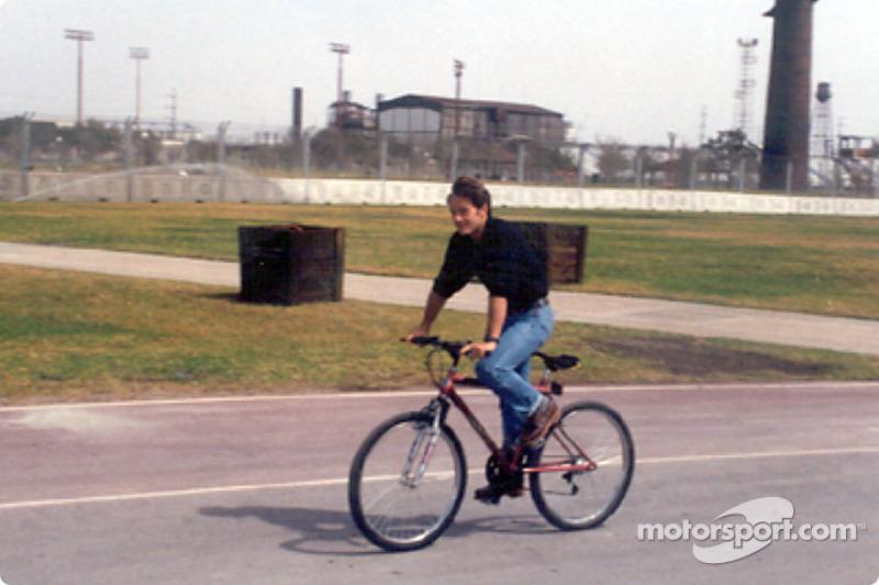 CHAMPCAR/CART: Mont?rr?y: 2001 winner, da Matta, visits circuit