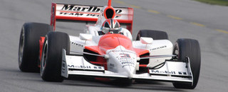 IndyCar IRL: Castroneves pips Kanaan for Chicagoland pole