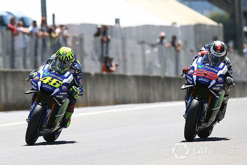 Росси одобрил идею возвращения Лоренсо на мотоцикл Yamaha