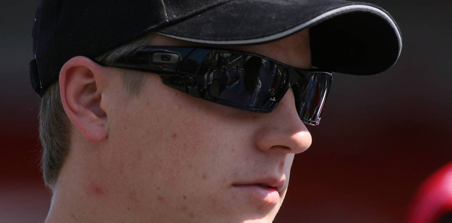 Ferrari confirms Raikkonen in three-year deal