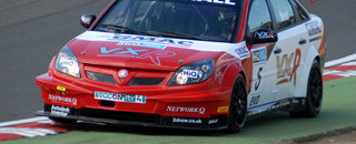 BTCC Neal Leads Vauxhall 1-2 in qualifying at Brands Hatch