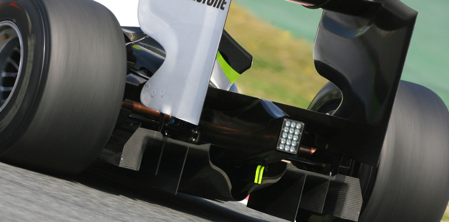 Formula One: On and off track - week 4