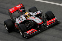 Hamilton tops timesheets at final test in Spain
