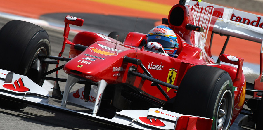 Alonso wins Bahrain in his Ferrari debut