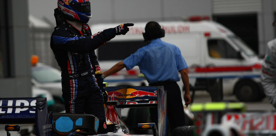 Webber on pole as rain wreaks havoc on qualifying