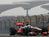 'Loyal' Hamilton must learn F1's new tyre game