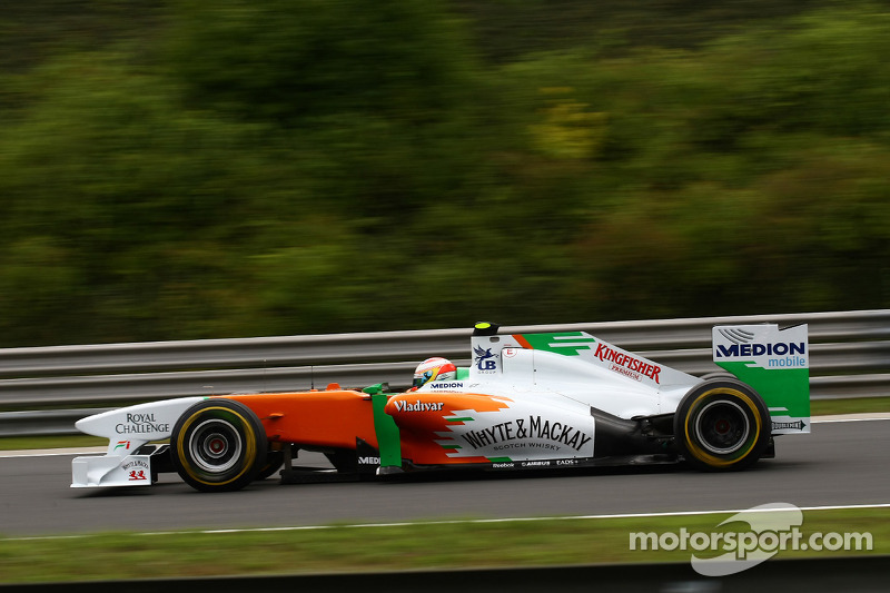 Di Resta racing to catch defeated rival Vettel