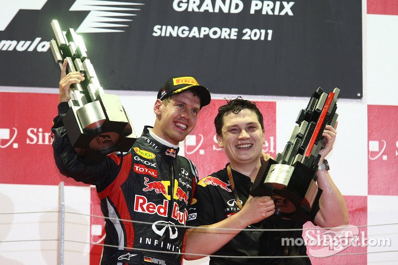 Vettel needs one more point for 2011 title