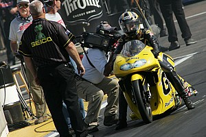 NHRA Karen Stoffer Phoenix Saturday report