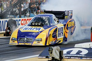 NHRA Ron Capps brings a new car to Las Vegas