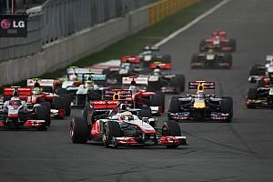 Formula 1 Formula One to consider 'third car' issue for 2013