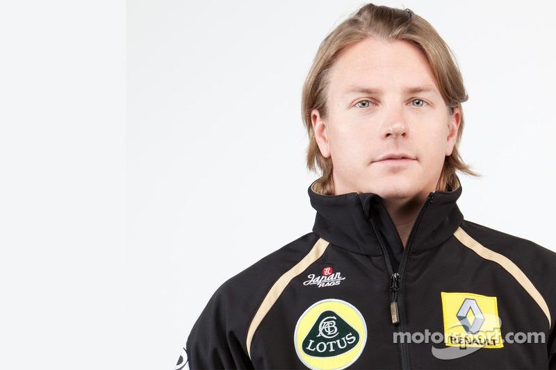 Group Lotus ambassador Alesi about Raikkonen, Sao Paulo and the 2011 season