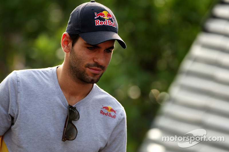 Alguersuari admits 2012 race seat 'difficult' now