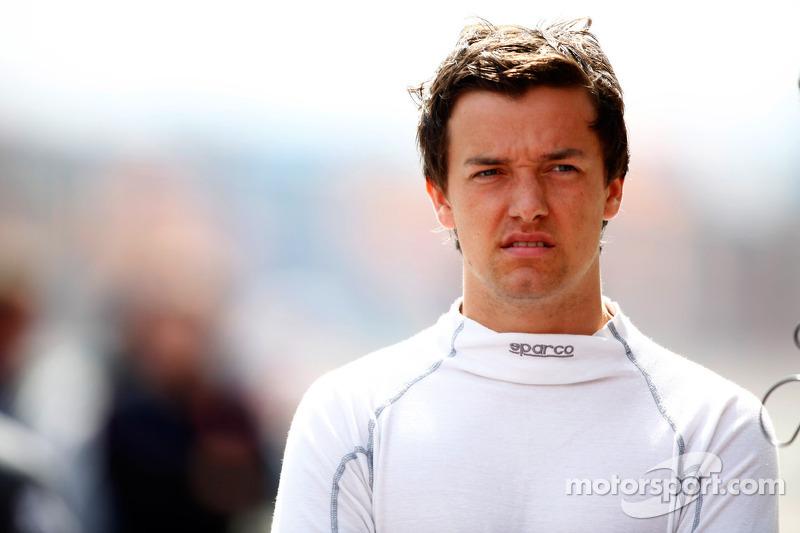 iSport signs Jolyon Palmer