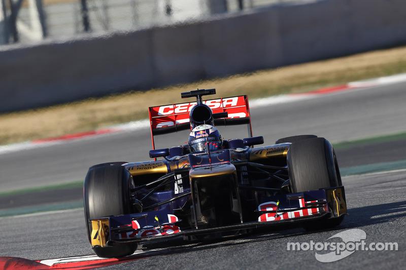 Toro Rosso Barcelona testing -  Day 1 report