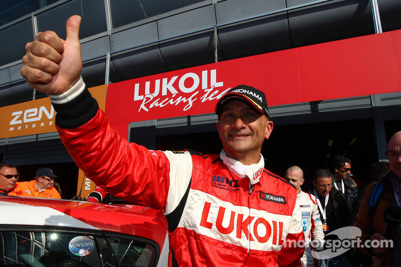 Tarquini lands first 2012 pole in Monza