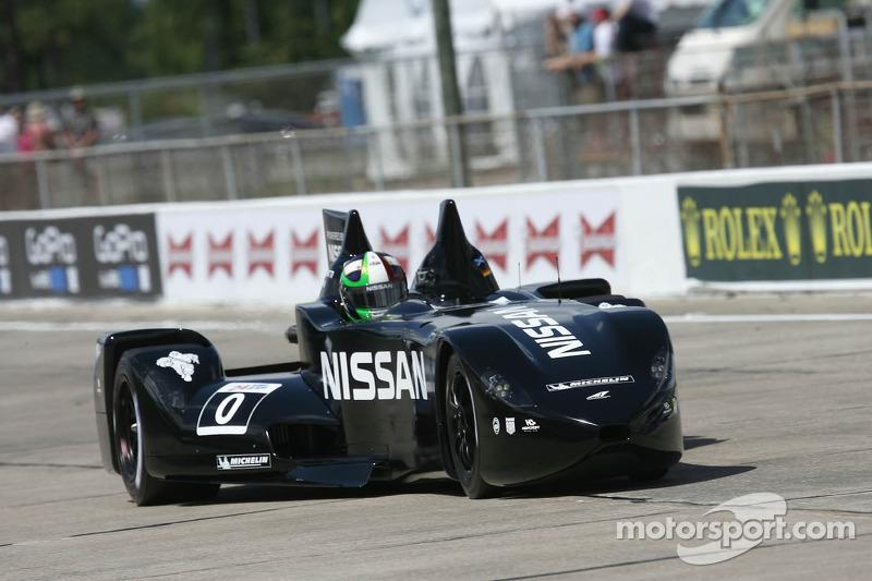 DeltaWing thrills crowd at Sebring International Raceway