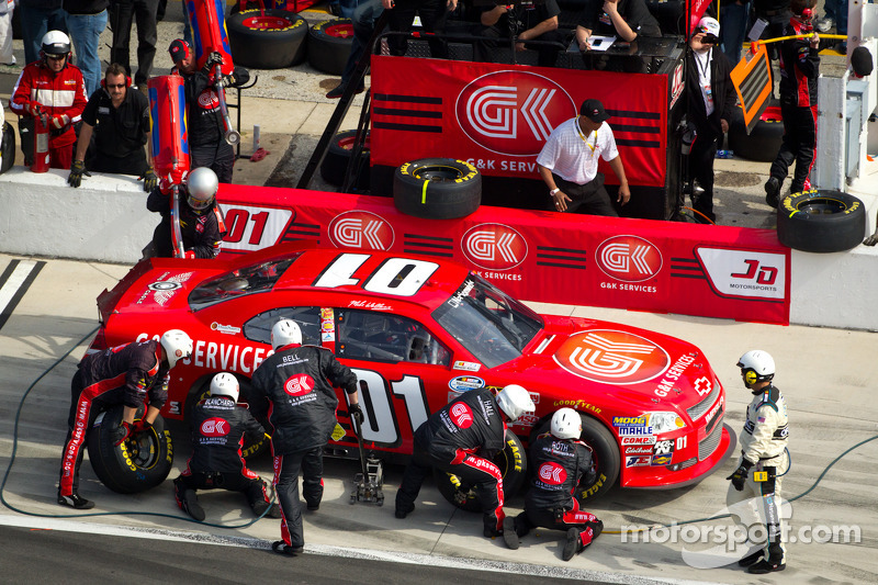 Mike Wallace looks for best finish of the season at Fontana