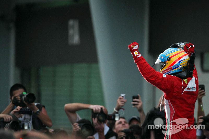 Ferrari celebrates Alonso victory in Malaysian GP