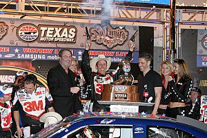 NASCAR Cup Texas winner, Biffle and team post-race press conference
