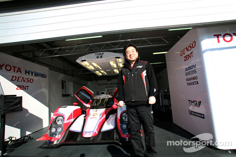 Toyota Racing tests Hybrid at  Magny-Cours