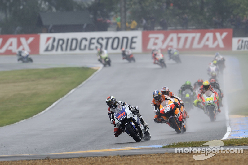 Bridgestone pleased with wet tyre performance at Le Mans Bugatti Circuit