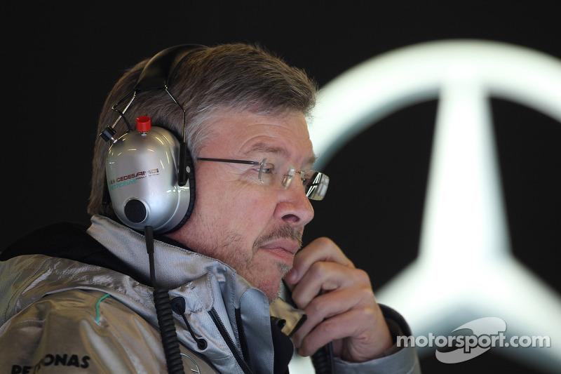 Brawn hints Mercedes wants Schumacher to stay