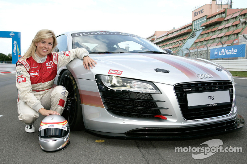 Maria de Villota fighting for life after F1 crash