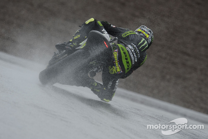 Dovizioso and Crutchlow battle the elements in Germany