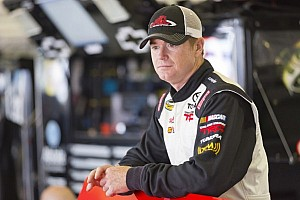 NASCAR Truck Race report Points leader Timothy Peters outlasts Ron Hornaday for Iowa win
