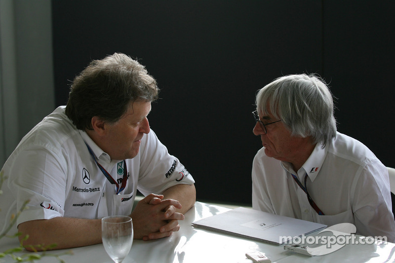 Ecclestone set for Mercedes talks at Hockenheim
