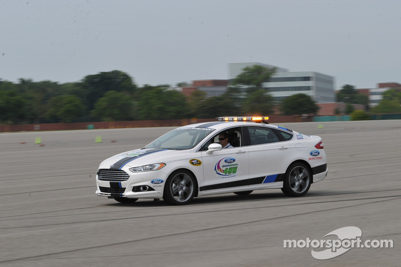 Ford Cup Stars Take 2013 Ford Fusion Production Car For Ultimate