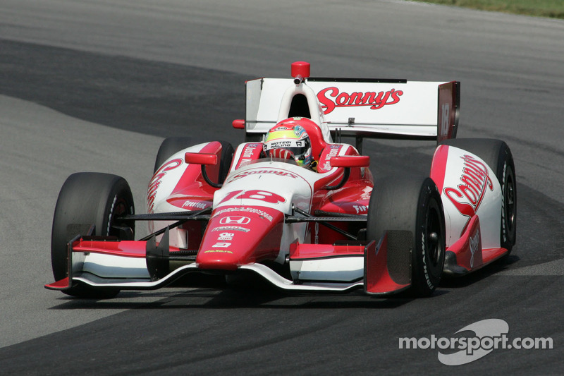 Wilson upbeat despite tough day in Fontana
